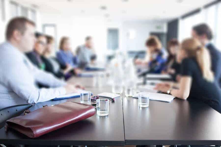 Maaşlı Bir İşte Çalışırken Şirket Kurulabilir Mi?